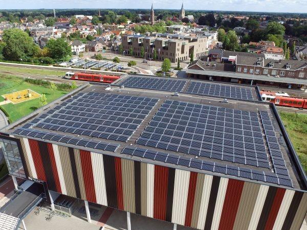 Tenten Solar Project Sport en Turnhal