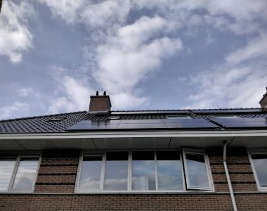 Plaatsing zonnepanelen in Leidschendam